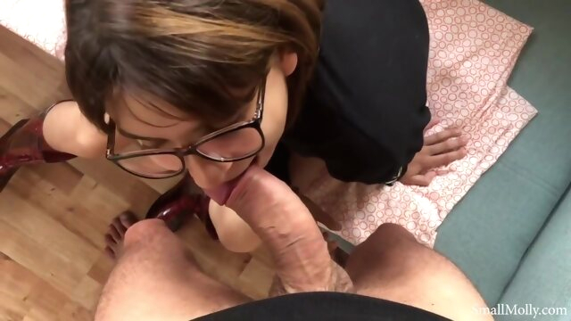Longest Peeing you've.. amateur brunette cumshot